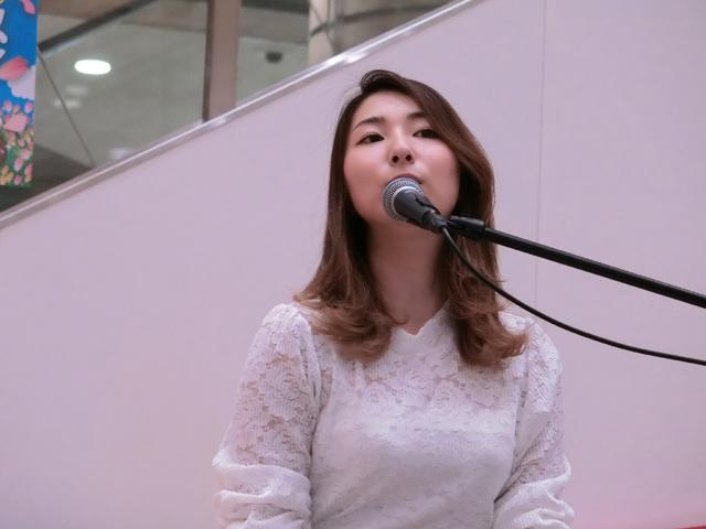佐野仁美さん