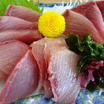 氷見魚市場食堂の寒ぶり食べてきた!土鍋の漁師汁は魚嫌いな子いなくなる美味さ!!